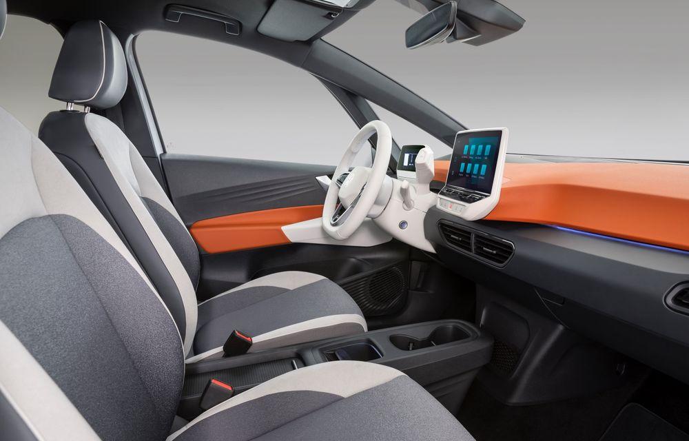 Am văzut noul Volkswagen ID.3 înaintea tuturor: toate detaliile despre revoluția electrică VW - Poza 49
