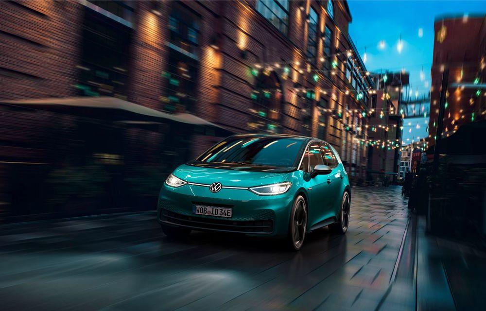 Am văzut noul Volkswagen ID.3 înaintea tuturor: toate detaliile despre revoluția electrică VW - Poza 10
