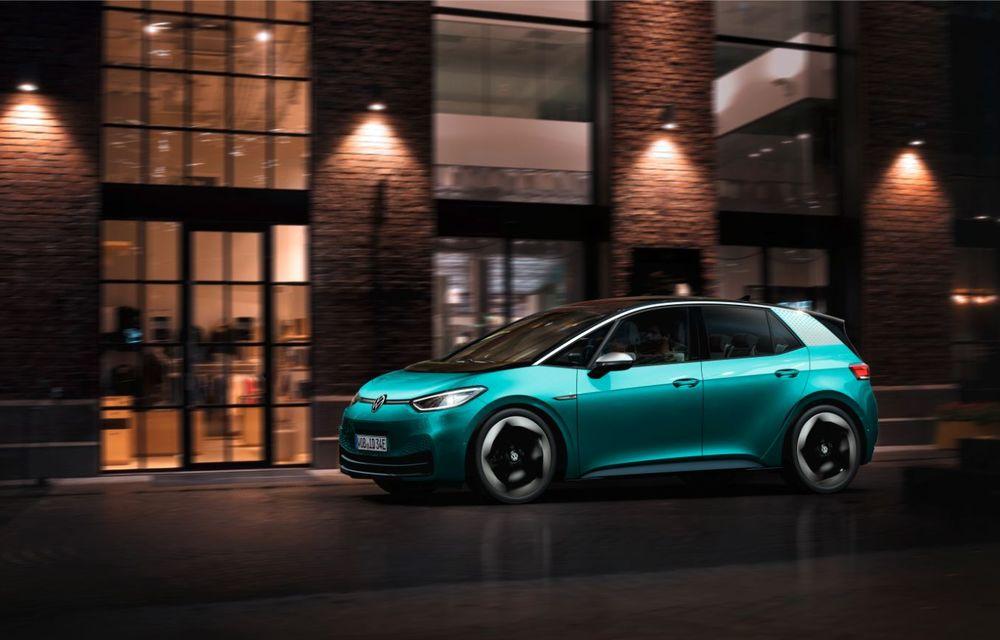 Am văzut noul Volkswagen ID.3 înaintea tuturor: toate detaliile despre revoluția electrică VW - Poza 11