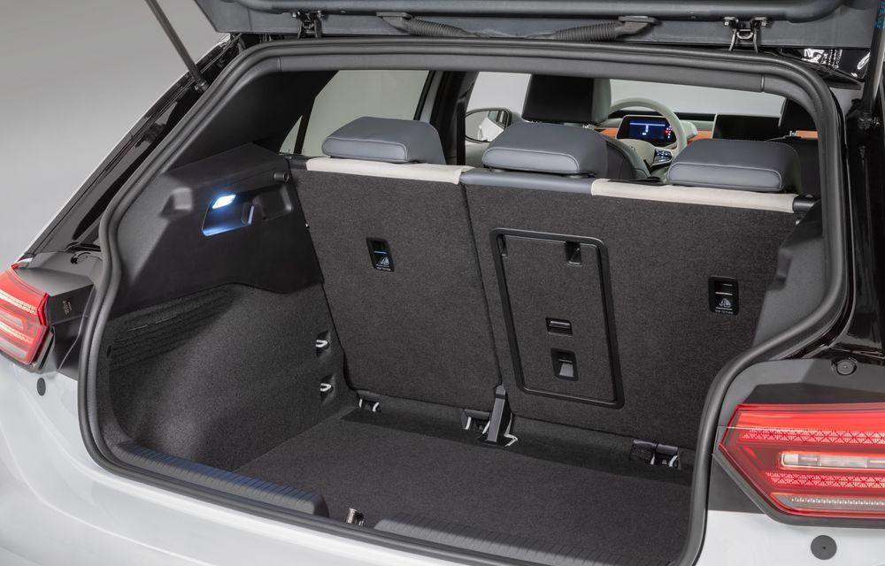 Am văzut noul Volkswagen ID.3 înaintea tuturor: toate detaliile despre revoluția electrică VW - Poza 34