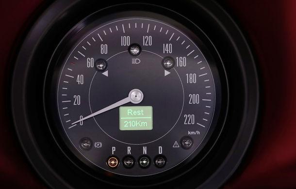 O nouă viață pentru clasicul Beetle: Volkswagen oferă conversii la motorul electric de 82 CP utilizat de noul e-Up! - Poza 6