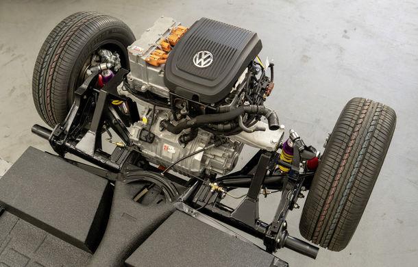 O nouă viață pentru clasicul Beetle: Volkswagen oferă conversii la motorul electric de 82 CP utilizat de noul e-Up! - Poza 4
