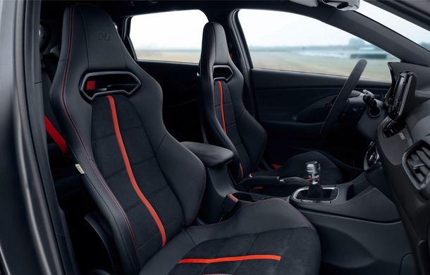 Hyundai a prezentat noul i30 N Project C: ediția specială a Hot Hatch-ului asiatic este mai ușoară și accelerează de la 0 la 100 km/h în 6 secunde - Poza 23