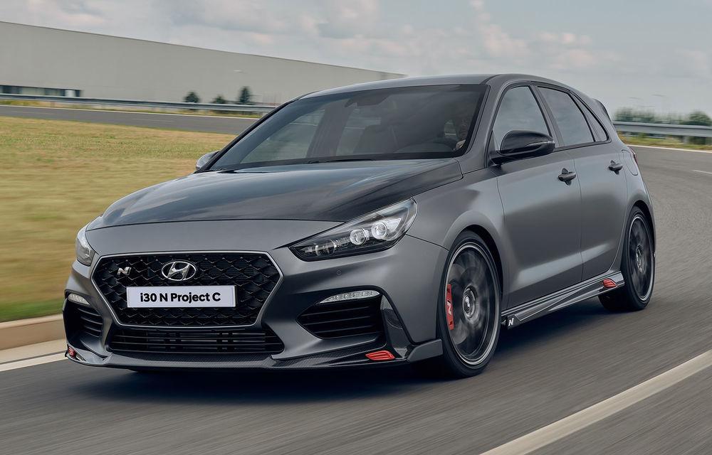 Hyundai a prezentat noul i30 N Project C: ediția specială a Hot Hatch-ului asiatic este mai ușoară și accelerează de la 0 la 100 km/h în 6 secunde - Poza 1