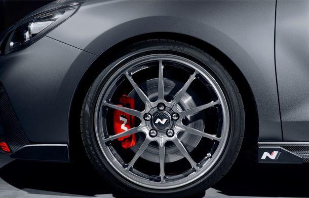Hyundai a prezentat noul i30 N Project C: ediția specială a Hot Hatch-ului asiatic este mai ușoară și accelerează de la 0 la 100 km/h în 6 secunde - Poza 20
