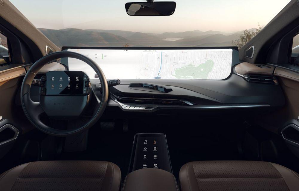 Chinezii de la Byton prezintă versiunea de serie a SUV-ului electric M-Byte: ecran de 48 inch și autonomie de până la 435 de kilometri - Poza 22
