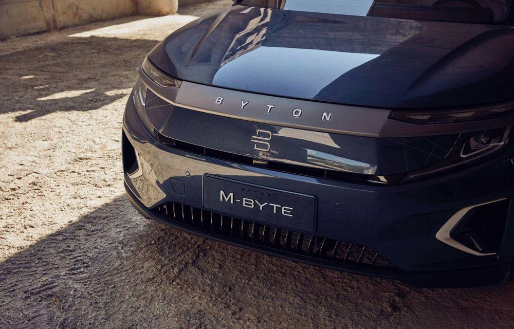 Chinezii de la Byton prezintă versiunea de serie a SUV-ului electric M-Byte: ecran de 48 inch și autonomie de până la 435 de kilometri - Poza 4