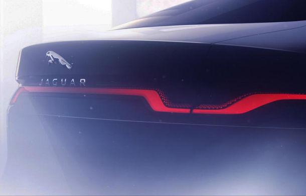 Primul teaser pentru viitorul Jaguar XJ: noua generație va avea doar versiune electrică și va fi prezentată în 2020 - Poza 1