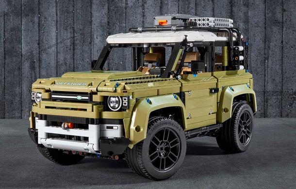 Noul Land Rover Defender este oferit și în versiune Lego: pachetul conține 2.573 de piese și va fi disponibil din 1 octombrie - Poza 1