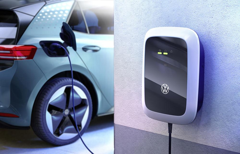 Volkswagen lansează o gamă de wallbox-uri pentru a încărca acasă mașinile electrice: versiunea de bază costă 400 de euro - Poza 2