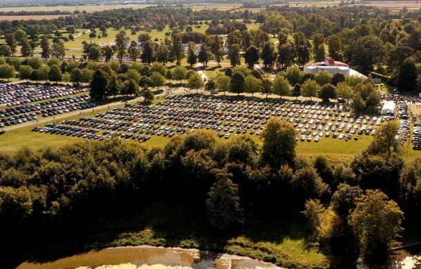 Record pentru Bentley: 1.321 de mașini au participat la o întâlnire a proprietarilor în Marea Britanie - Poza 2
