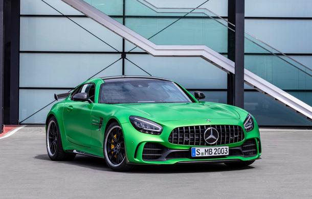 Video. Viitorul Mercedes-AMG GT Black Series, spionat la Nurburgring: modelul de performanță va oferi circa 700 CP și va fi lansat în 2020 - Poza 1