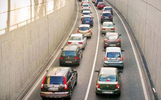 Mașina, mijlocul de transport preferat de peste 80% dintre români: trenul, folosit de mai puțin de 5% dintre locuitori