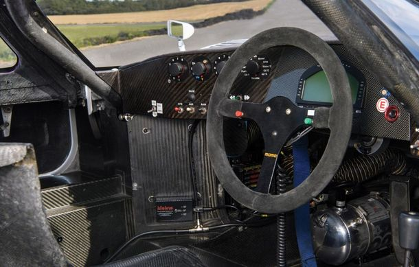 Un exemplar Jaguar XJR-11 care a concurat în etapele de anduranță din 1989 și 1990 va fi scos la licitație: doar trei astfel de unități au fost produse - Poza 9