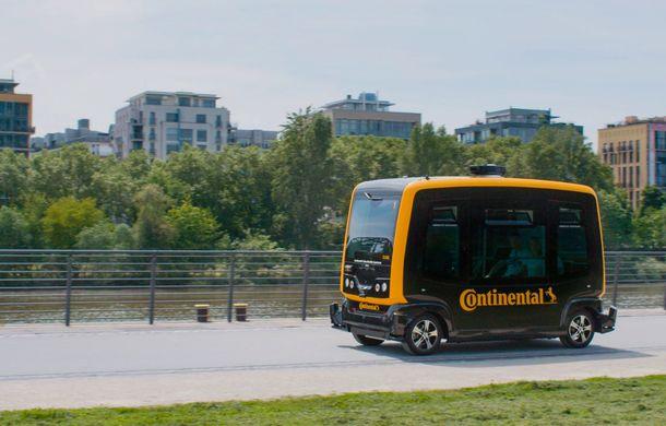 Continental prezintă tehnologiile viitorului imediat: sistem mild-hibrid la 48V cu rulare 100% electrică, siguranță sporită cu noul asistent pentru virajul la dreapta și orașele conectate ale viitorului - Poza 13