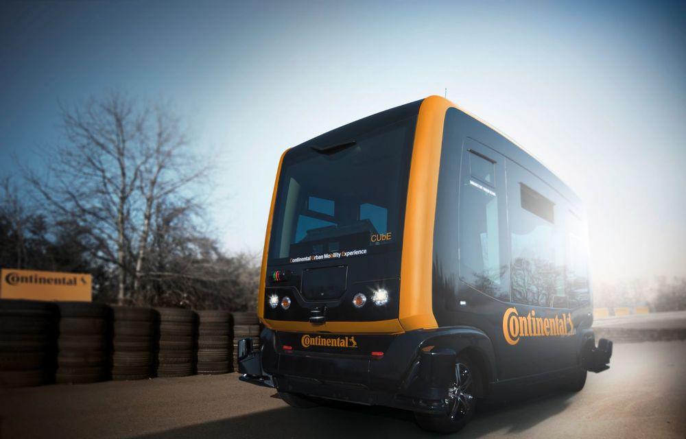 Continental prezintă tehnologiile viitorului imediat: sistem mild-hibrid la 48V cu rulare 100% electrică, siguranță sporită cu noul asistent pentru virajul la dreapta și orașele conectate ale viitorului - Poza 11