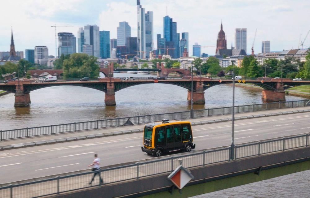 Continental prezintă tehnologiile viitorului imediat: sistem mild-hibrid la 48V cu rulare 100% electrică, siguranță sporită cu noul asistent pentru virajul la dreapta și orașele conectate ale viitorului - Poza 12