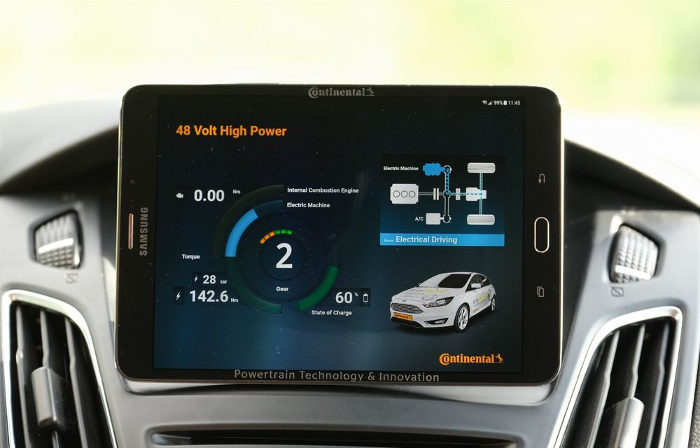 Continental prezintă tehnologiile viitorului imediat: sistem mild-hibrid la 48V cu rulare 100% electrică, siguranță sporită cu noul asistent pentru virajul la dreapta și orașele conectate ale viitorului - Poza 26