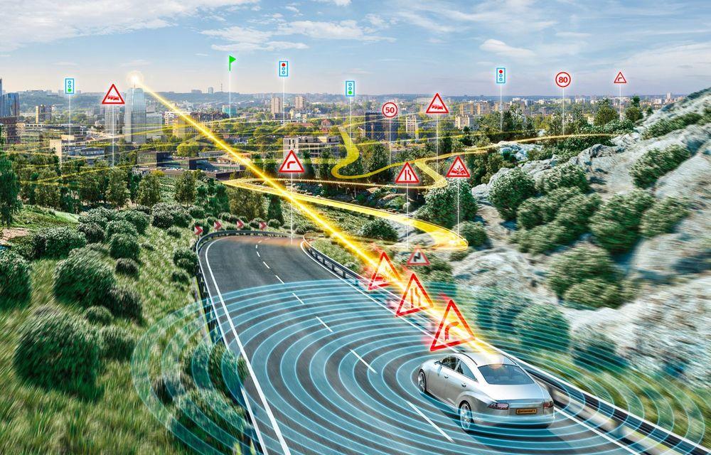 Continental prezintă tehnologiile viitorului imediat: sistem mild-hibrid la 48V cu rulare 100% electrică, siguranță sporită cu noul asistent pentru virajul la dreapta și orașele conectate ale viitorului - Poza 2
