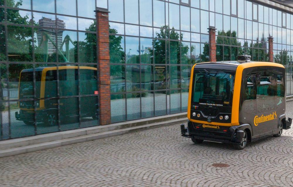 Continental prezintă tehnologiile viitorului imediat: sistem mild-hibrid la 48V cu rulare 100% electrică, siguranță sporită cu noul asistent pentru virajul la dreapta și orașele conectate ale viitorului - Poza 14