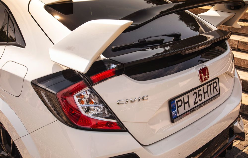 """Două săptămâni în """"civil"""" cu Honda Civic Type R: cum se comportă Hot Hatch-ul nipon în viața de zi cu zi - Poza 12"""