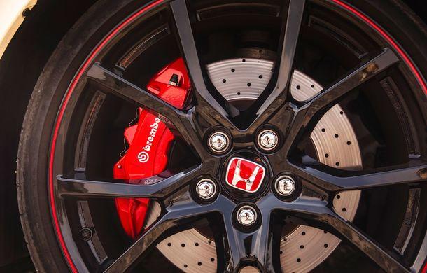 """Două săptămâni în """"civil"""" cu Honda Civic Type R: cum se comportă Hot Hatch-ul nipon în viața de zi cu zi - Poza 18"""