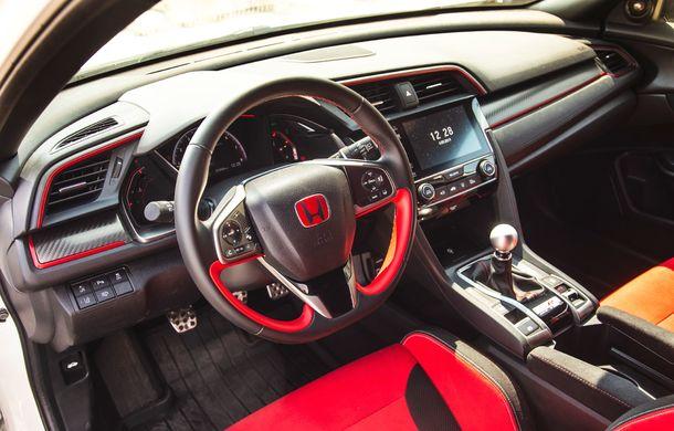 """Două săptămâni în """"civil"""" cu Honda Civic Type R: cum se comportă Hot Hatch-ul nipon în viața de zi cu zi - Poza 19"""