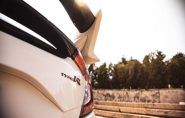 """Două săptămâni în """"civil"""" cu Honda Civic Type R: cum se comportă Hot Hatch-ul nipon în viața de zi cu zi - Poza 15"""