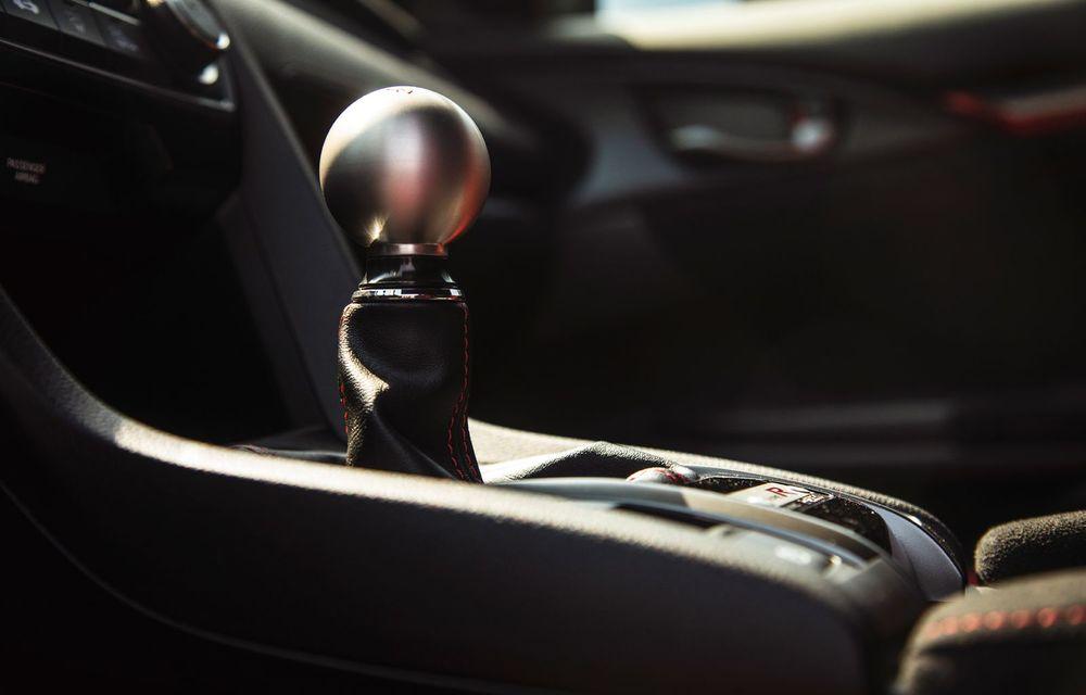 """Două săptămâni în """"civil"""" cu Honda Civic Type R: cum se comportă Hot Hatch-ul nipon în viața de zi cu zi - Poza 26"""