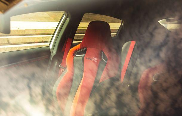 """Două săptămâni în """"civil"""" cu Honda Civic Type R: cum se comportă Hot Hatch-ul nipon în viața de zi cu zi - Poza 24"""