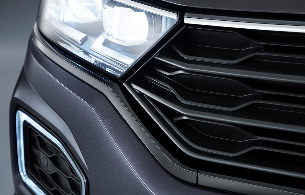 Noutăți în gama Volkswagen T-Roc: motor diesel de 2.0 litri și 190 CP, pachet de design Black Style și sistem audio de 300 W - Poza 2