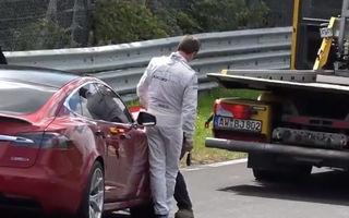 Tesla Model S a suferit o defecțiune tehnică în testele de pe Nurburgring: americanii susțin că pot spulbera recordul lui Porsche Taycan cu 37 de secunde