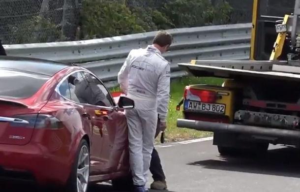 Tesla Model S a suferit o defecțiune tehnică în testele de pe Nurburgring: americanii susțin că pot spulbera recordul lui Porsche Taycan cu 37 de secunde - Poza 1
