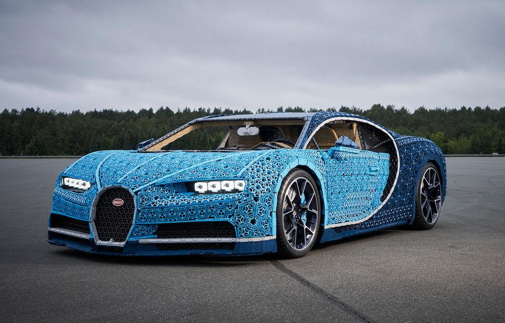 Singurul Bugatti Chiron în mărime naturală fabricat din piese Lego va putea fi admirat și în România începând cu 26 septembrie: modelul integrează peste un milion de piese Lego - Poza 1
