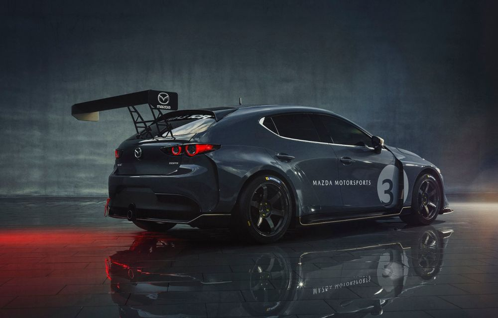 Mazda 3 primește o versiune de circuit: 350 CP și pachet aerodinamic special - Poza 7