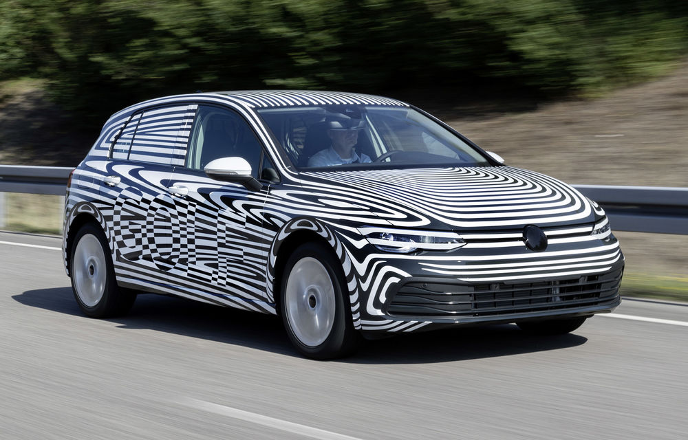 Noua generație Volkswagen Golf va fi prezentată în 24 octombrie: producția modelului de clasă compactă a debutat deja la uzina din Wolfsburg - Poza 1