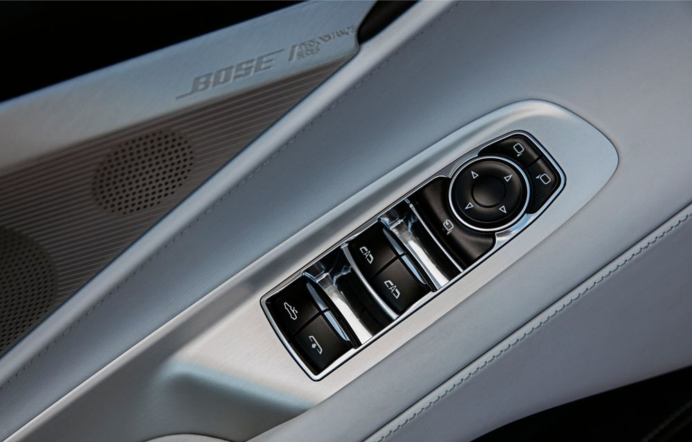Chevrolet a prezentat noul Corvette Convertible: 502 CP și plafon de tip hardtop care poate fi operat până la 48 km/h - Poza 15