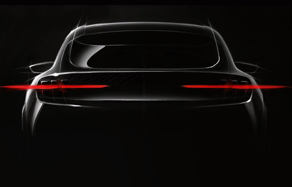 Conceptul viitorului SUV electric Ford ar putea fi prezentat în noiembrie: design inspirat de Mustang și autonomie de 480 de kilometri - Poza 1