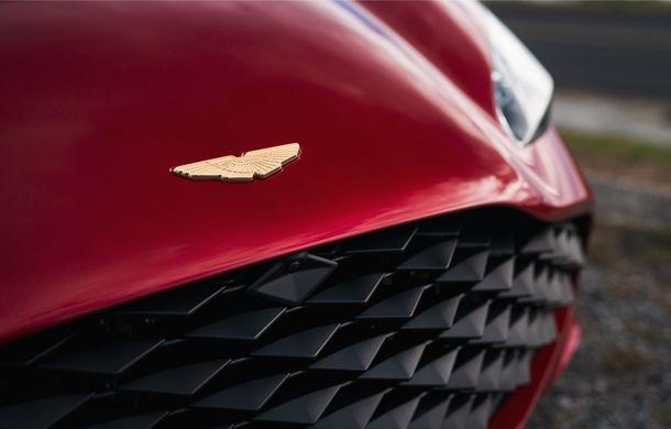 Aston Martin DBS GT Zagato: accesorii exterioare din aur, elemente interioare printate 3D și producție limitată la 19 unități - Poza 10