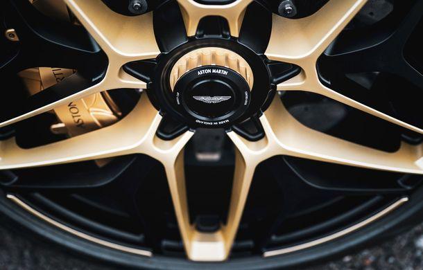 Aston Martin DBS GT Zagato: accesorii exterioare din aur, elemente interioare printate 3D și producție limitată la 19 unități - Poza 13