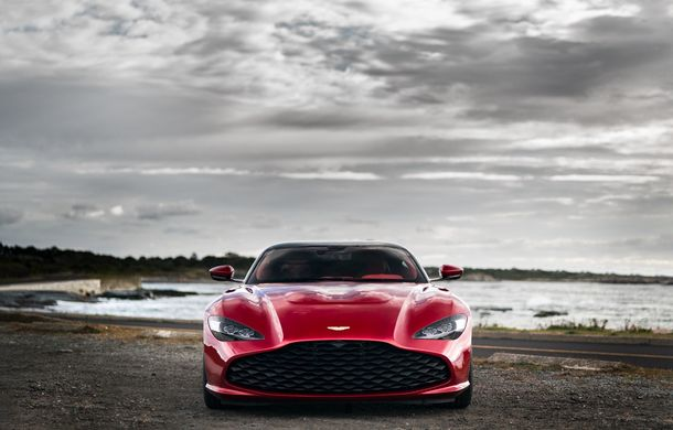 Aston Martin DBS GT Zagato: accesorii exterioare din aur, elemente interioare printate 3D și producție limitată la 19 unități - Poza 3