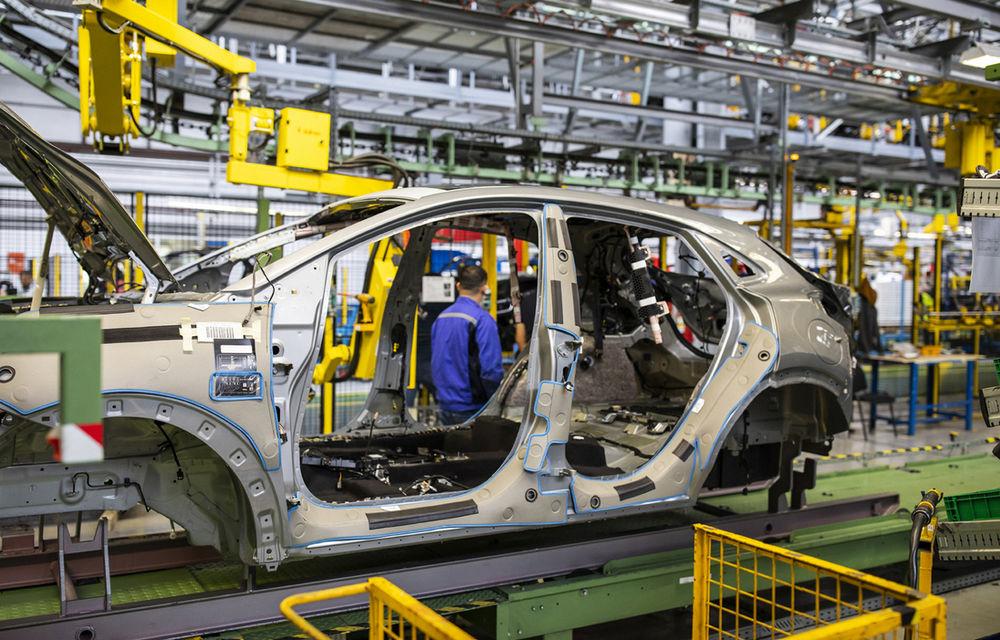 Ford a început în 8 octombrie producția SUV-ului Puma la uzina de la Craiova: angajații vor lucra în trei schimburi - Poza 5