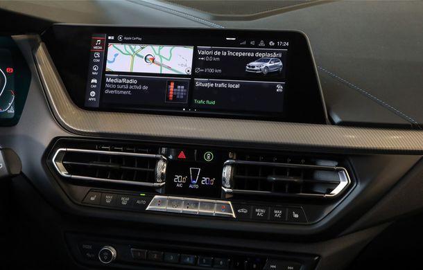BMW a prezentat noul Seria 1 în România: interfață iDrive disponibilă în limba română și informații despre trafic în timp real. Preț de pornire de 27.600 de euro - Poza 24