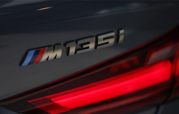 BMW a prezentat noul Seria 1 în România: interfață iDrive disponibilă în limba română și informații despre trafic în timp real. Preț de pornire de 27.600 de euro - Poza 15