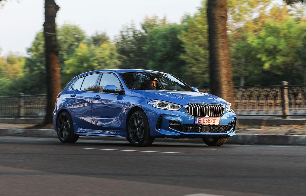 BMW a prezentat noul Seria 1 în România: interfață iDrive disponibilă în limba română și informații despre trafic în timp real. Preț de pornire de 27.600 de euro - Poza 1