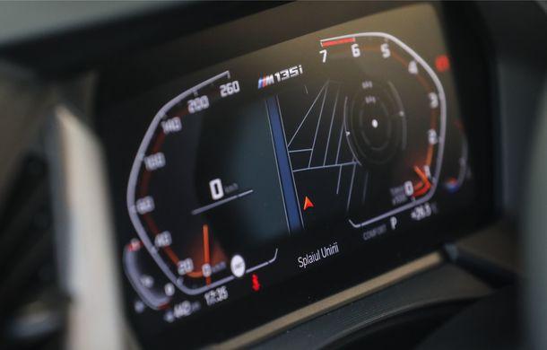 BMW a prezentat noul Seria 1 în România: interfață iDrive disponibilă în limba română și informații despre trafic în timp real. Preț de pornire de 27.600 de euro - Poza 42