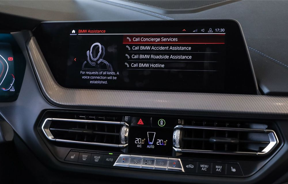 BMW a prezentat noul Seria 1 în România: interfață iDrive disponibilă în limba română și informații despre trafic în timp real. Preț de pornire de 27.600 de euro - Poza 32