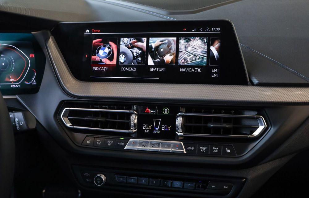 BMW a prezentat noul Seria 1 în România: interfață iDrive disponibilă în limba română și informații despre trafic în timp real. Preț de pornire de 27.600 de euro - Poza 31
