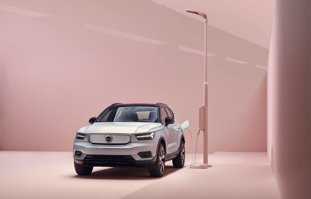 Volvo XC40 Recharge: primul model 100% electric Volvo anunță o autonomie de 400 de kilometri - Poza 19
