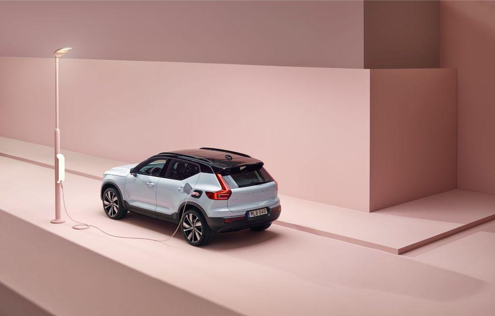 Volvo XC40 Recharge: primul model 100% electric Volvo anunță o autonomie de 400 de kilometri - Poza 24